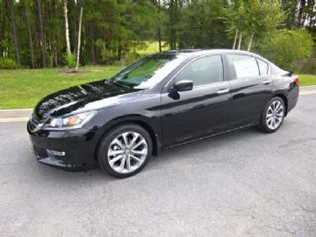 2013 HONDA ACCORD  Sport Manual 6-Speed in Mississauga, Ontario