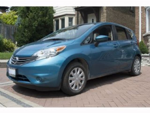 2016 Nissan Versa SV w/Extended Warranty in Mississauga, Ontario