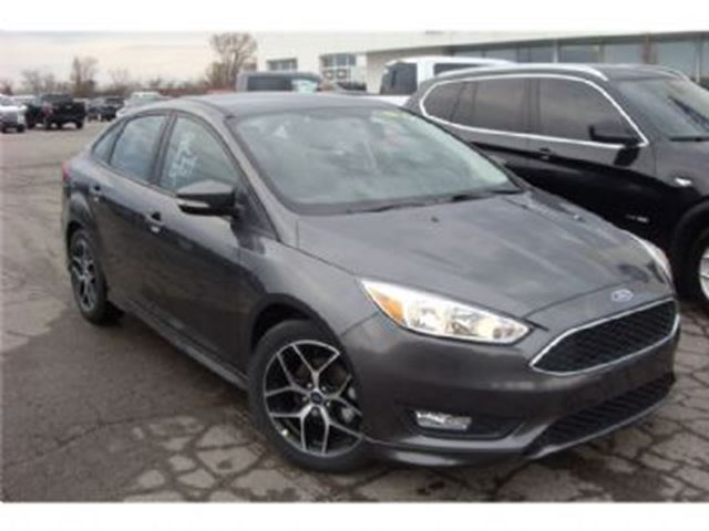 2017 FORD FOCUS 4dr SE w/Winter Package + ~ Wear Care Protection ~ in Mississauga, Ontario