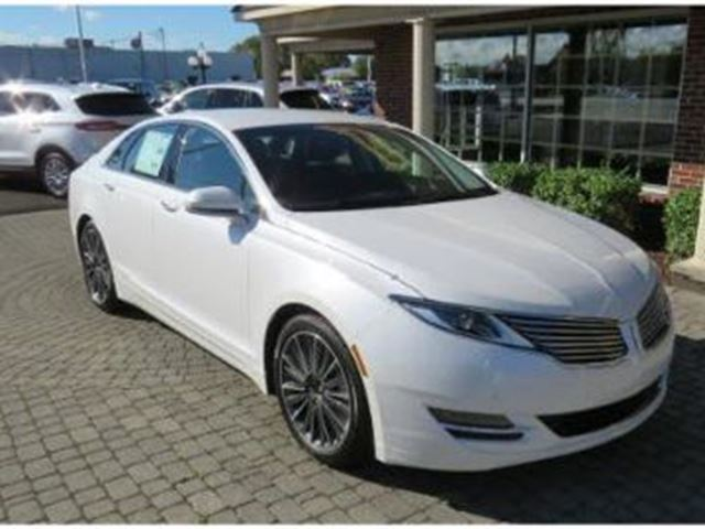 2016 LINCOLN MKZ awd in Mississauga, Ontario