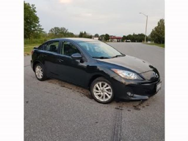 2013 Mazda MAZDA3 4dr Sdn Man GS-SKY  Leather / Sunroof +++ in Mississauga, Ontario
