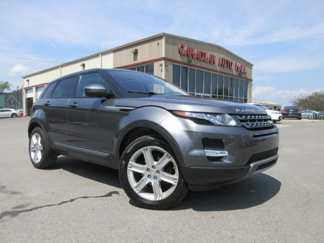 2015 Land Rover Range Rover Evoque PURE PLUS, NAV, ROOF, 35K! in Stittsville, Ontario