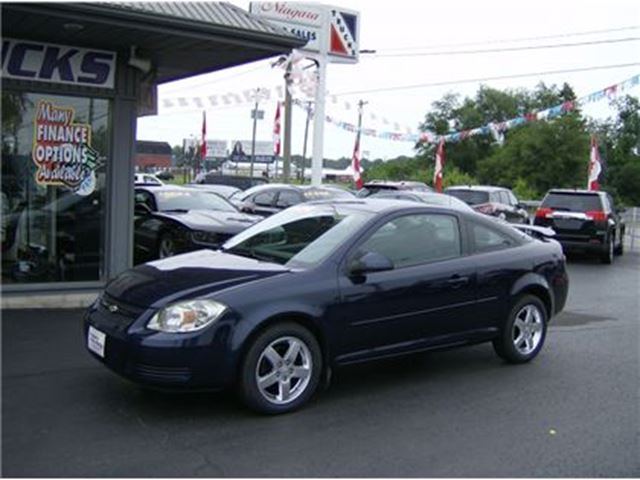 2010 Chevrolet Cobalt CLEAN SPORTY LITTLE 2 DOOR !! in Welland, Ontario