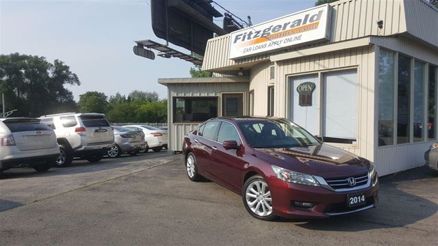 2014 Honda Accord Touring V6 - NAV! BACK-UP CAM! LEATHER! in Kitchener, Ontario