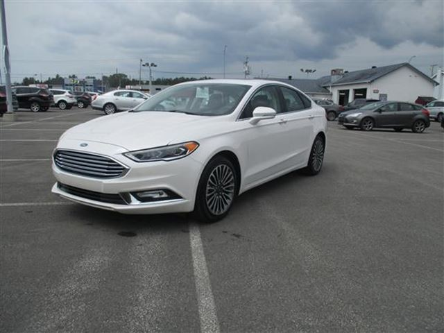 2017 FORD Fusion SE ECOBOOST CUIR TOIT NAV 4RM in Joliette, Quebec