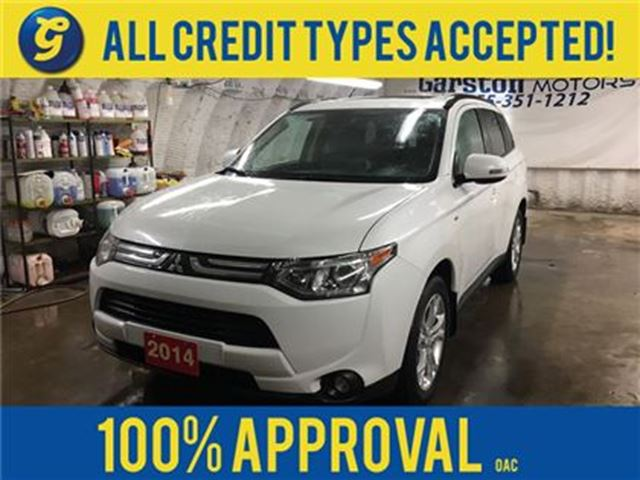 2014 MITSUBISHI OUTLANDER GT*4WD*LEATHER*POWER SUNROOF*7 PASSENGER*S-AWC*ROC in Cambridge, Ontario