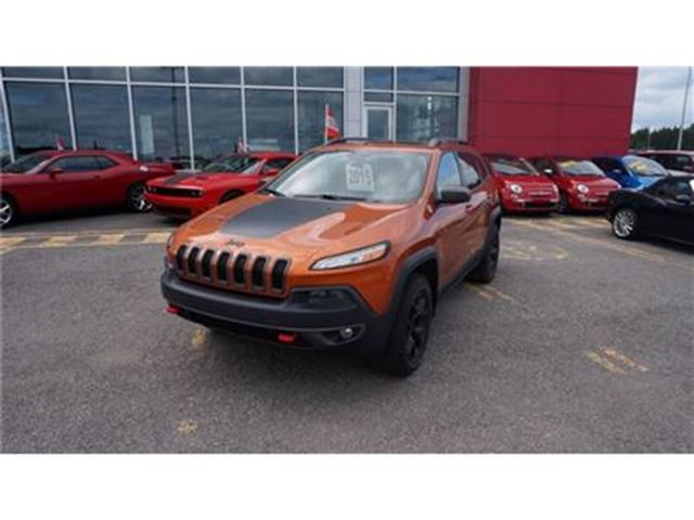 2015 Jeep Cherokee TRAILHAWK TOIT PANORAMIQUE in Trois-Rivieres, Quebec