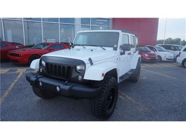 2014 Jeep Wrangler Unlimited Sahara in Trois-Rivieres, Quebec