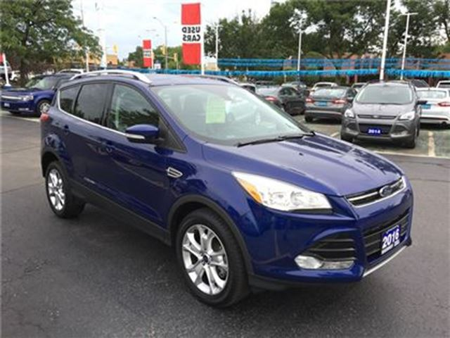 2016 FORD ESCAPE Titanium AWD in Burlington, Ontario