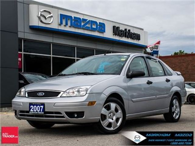 2007 Ford Focus S SUPER LOW MILEAGE LEATHER MOONROOF in Markham, Ontario