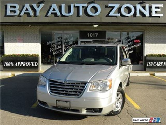 2009 Chrysler Town and Country TOURING SUNROOF DVD BACK UP CAM in Toronto, Ontario