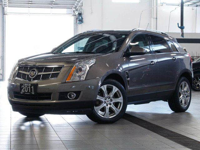2011 CADILLAC SRX Luxury in Kelowna, British Columbia