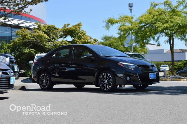 2015 TOYOTA COROLLA S in Richmond, British Columbia