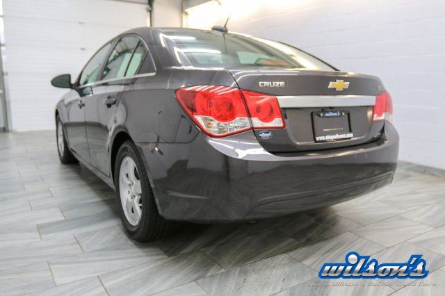 2015 chevrolet cruze 2lt leather sunroof heated seats rear camera touch screen guelph. Black Bedroom Furniture Sets. Home Design Ideas