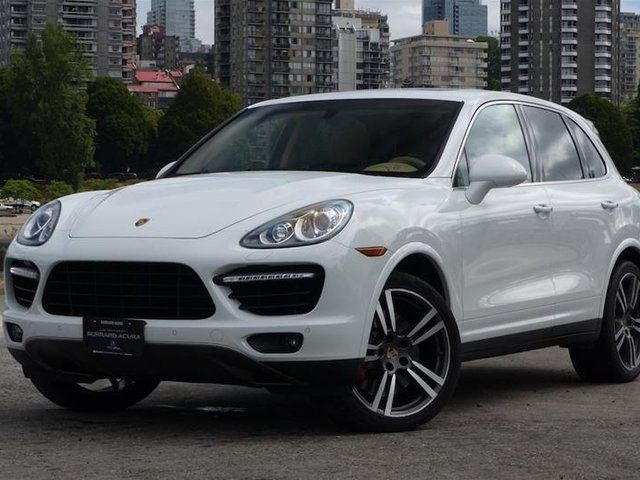 2012 PORSCHE CAYENNE Turbo w/ Tip in Vancouver, British Columbia