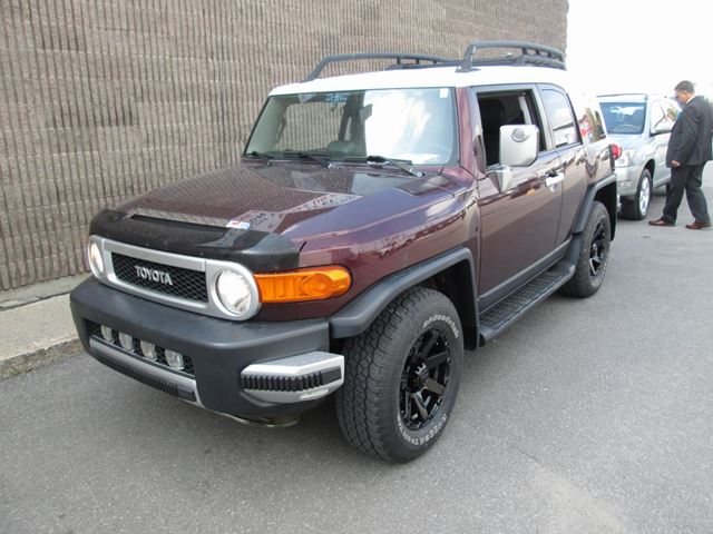 2007 TOYOTA FJ Cruiser WITH INCLIMITOR in Gatineau, Quebec