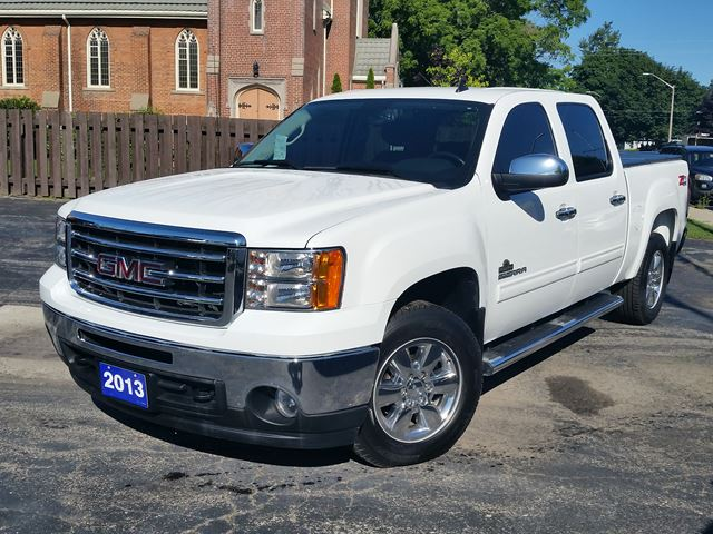 2013 GMC Sierra 1500 SLE,KODIAK EDITION,CREW,CHROME WHEELS & STEP BARS,POWER SEAT,MICHELINS in Dunnville, Ontario
