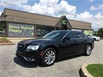 2016 Chrysler 300 LIMITED / NAVIGATION / AWD / SUNROOF / LEATHER in Fonthill, Ontario