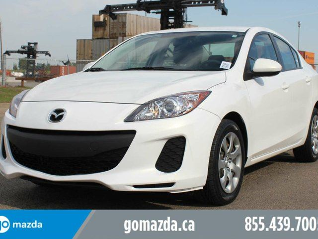 2013 MAZDA MAZDA3 GX A/C 1 OWNER LOCAL ACCIDENT FREE in Edmonton, Alberta