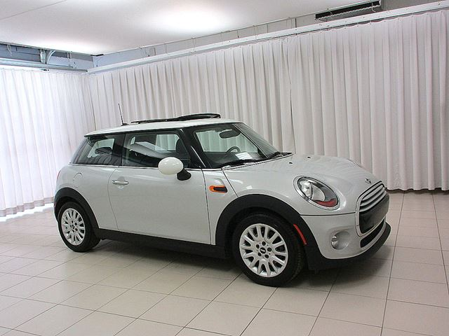 2014 MINI COOPER 3DR TURBO w/ LOADED PACKAGE, DUAL MOONROOF & HE in Halifax, Nova Scotia