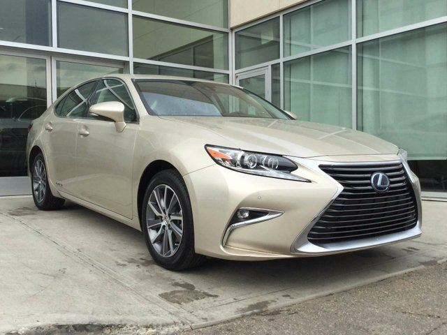 2016 LEXUS ES 300H EXECUTIVE PKG/NAV/BLIND SPOT/LANE DEPARTURE in Edmonton, Alberta