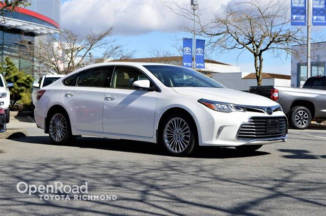 2016 TOYOTA Avalon Limited- Memory seats, Blind spot Monitors, Ven in Richmond, British Columbia