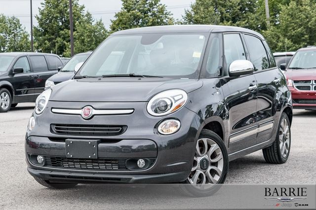 2015 FIAT 500L LOUNGE WITH LEATHER NAV ROOF!! in Barrie, Ontario