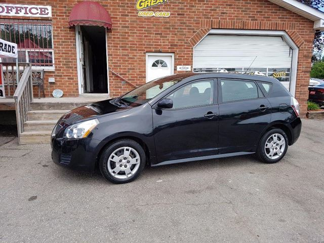 2009 PONTIAC VIBE Base in Bowmanville, Ontario