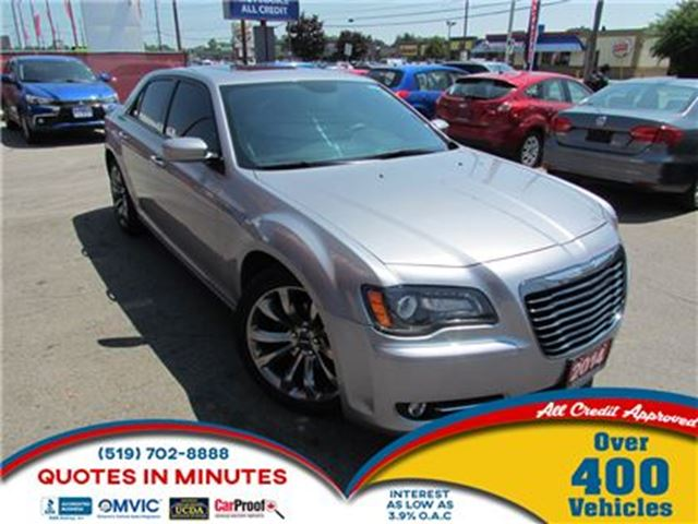 2014 CHRYSLER 300 S   LEATHER   SUNROOF   NAV   BACKUP CAM in London, Ontario