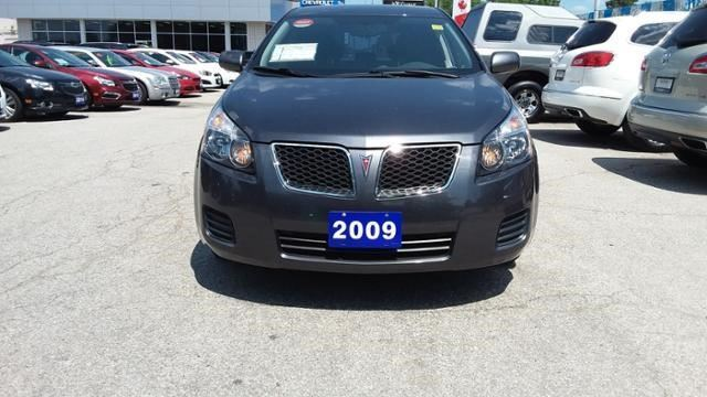 2009 PONTIAC VIBE           in Windsor, Ontario
