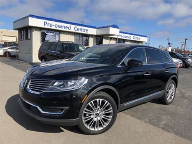 2017 LINCOLN MKX Reserve AWD in Burlington, Ontario