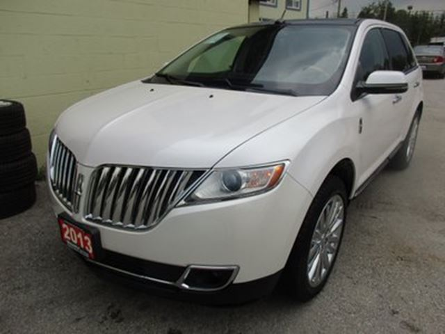 2013 LINCOLN MKX LOADED AWD 5 PASSENGER 3.7L - V6.. LEATHER.. HE in Bradford, Ontario