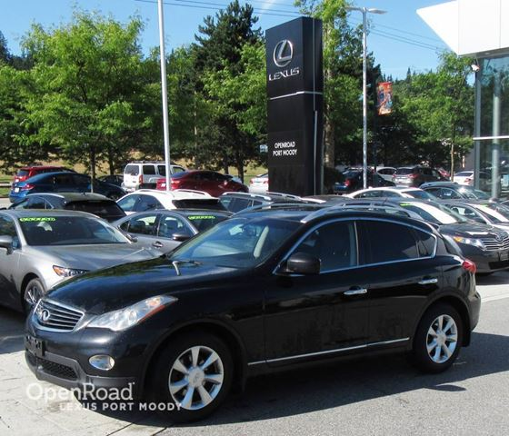 2010 INFINITI EX35 V6 AWD- Back Up Camera in Port Moody, British Columbia