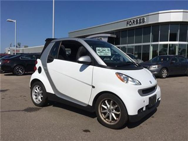 2008 SMART FORTWO ELECTRIC FOLDING ROOF, CONVERTIBLE, 1 OWNER in Waterloo, Ontario