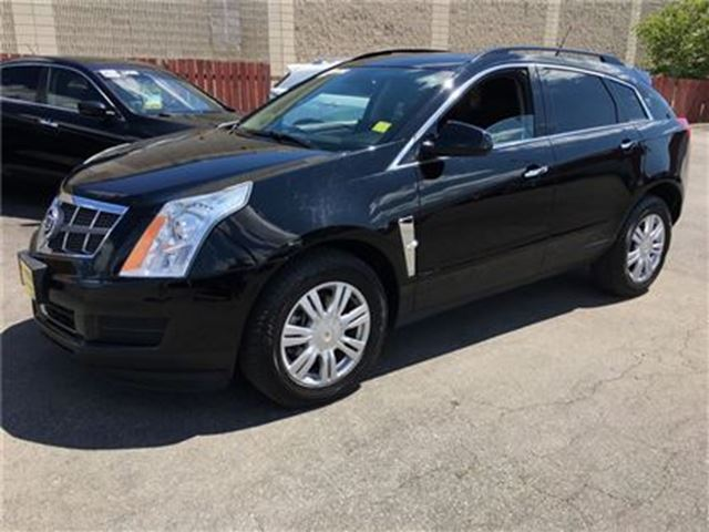 2010 CADILLAC SRX Automatic, Leather, in Burlington, Ontario