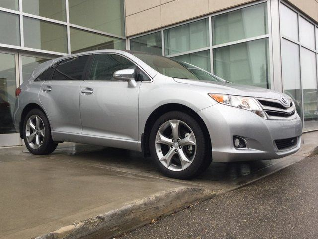 2015 TOYOTA Venza NAV/HEATED SEATS/BACK UP MONITOR in Edmonton, Alberta