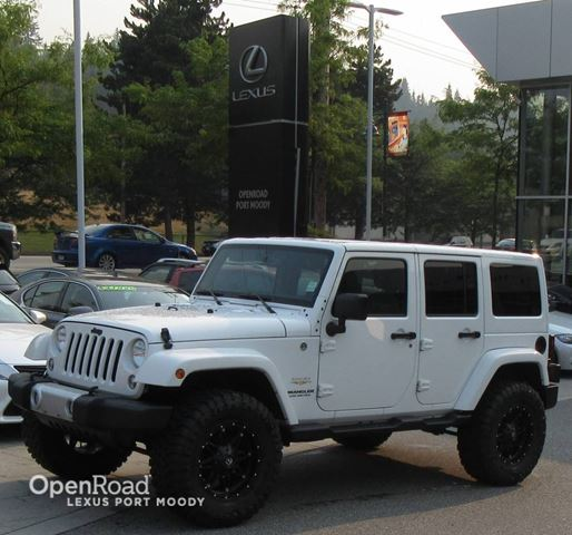 2014 JEEP WRANGLER Unlimited Sahara - 4 Door - Navigation - Heated Front Sea in Port Moody, British Columbia