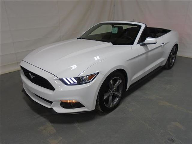 2016 ford mustang v6 convertible blanc albi le geant mascouche. Black Bedroom Furniture Sets. Home Design Ideas