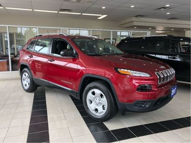 2017 JEEP Cherokee Sport$184 b/w+hst..$0 down..96m..4.9% in Toronto, Ontario