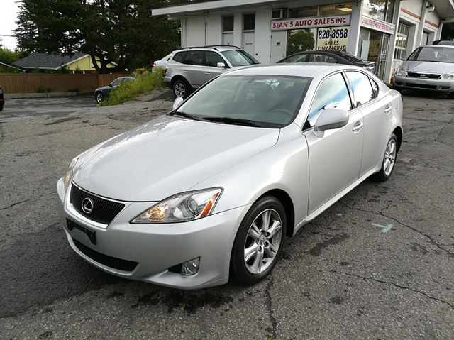 2006 LEXUS IS 250 RWD in Ottawa, Ontario
