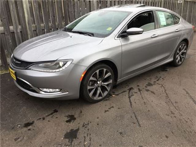 2015 CHRYSLER 200 C, Automatic, Leather, Panoramic Sunroof, AWD in Burlington, Ontario