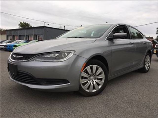 2015 chrysler 200 lx look at the mileage bluetooth st catharines ontario car for sale 2852063. Black Bedroom Furniture Sets. Home Design Ideas