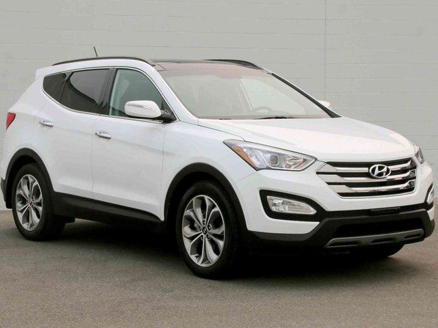 2015 HYUNDAI SANTA FE 2.0T Limited 4dr All-wheel Drive in Kelowna, British Columbia