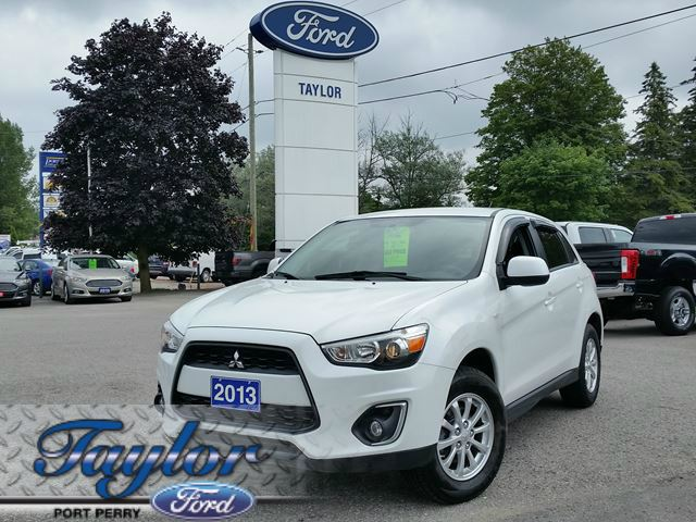 2013 MITSUBISHI RVR SE *ALL WHEEL DRIVE* *HEATED SEATS* in Port Perry, Ontario
