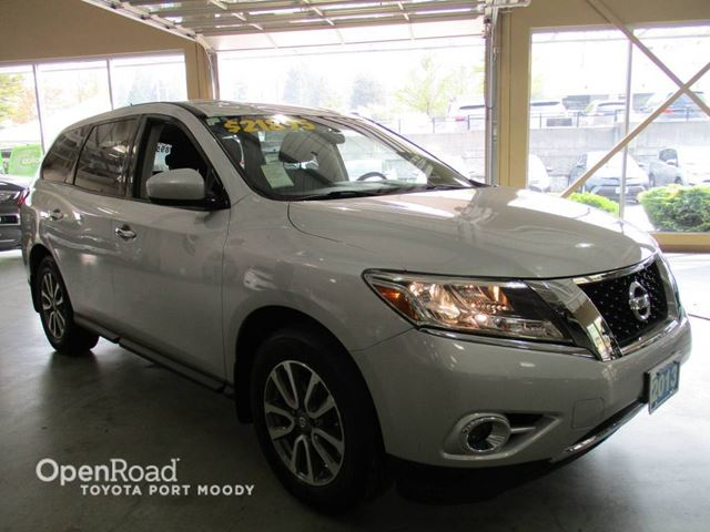 2013 NISSAN PATHFINDER S - Climate Control, Push Button Start in Port Moody, British Columbia