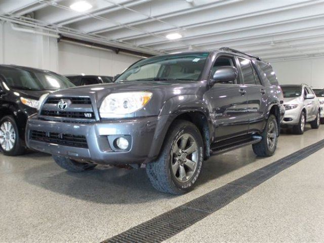 2007 TOYOTA 4RUNNER Limited V8 in Calgary, Alberta
