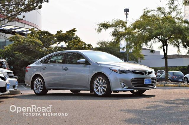 2015 TOYOTA AVALON Limited in Richmond, British Columbia
