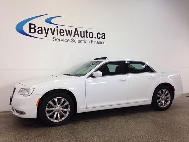 2016 CHRYSLER 300 LTD- AWD! PANOROOF! LEATHER! NAV! UCONNECT! in Belleville, Ontario