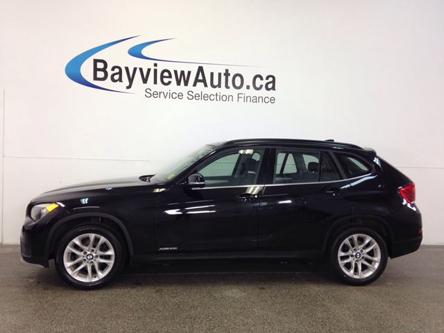 2015 BMW X1 28i- AWD! TWIN TURBO! PANOROOF! LEATHER! BLUTOOTH! in Belleville, Ontario