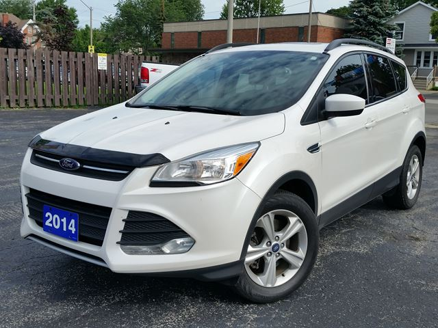 2014 Ford Escape SE,4X4,2.0 ECO-BOOST,LEATHER,PANORAMIC SUNROOF, in Dunnville, Ontario